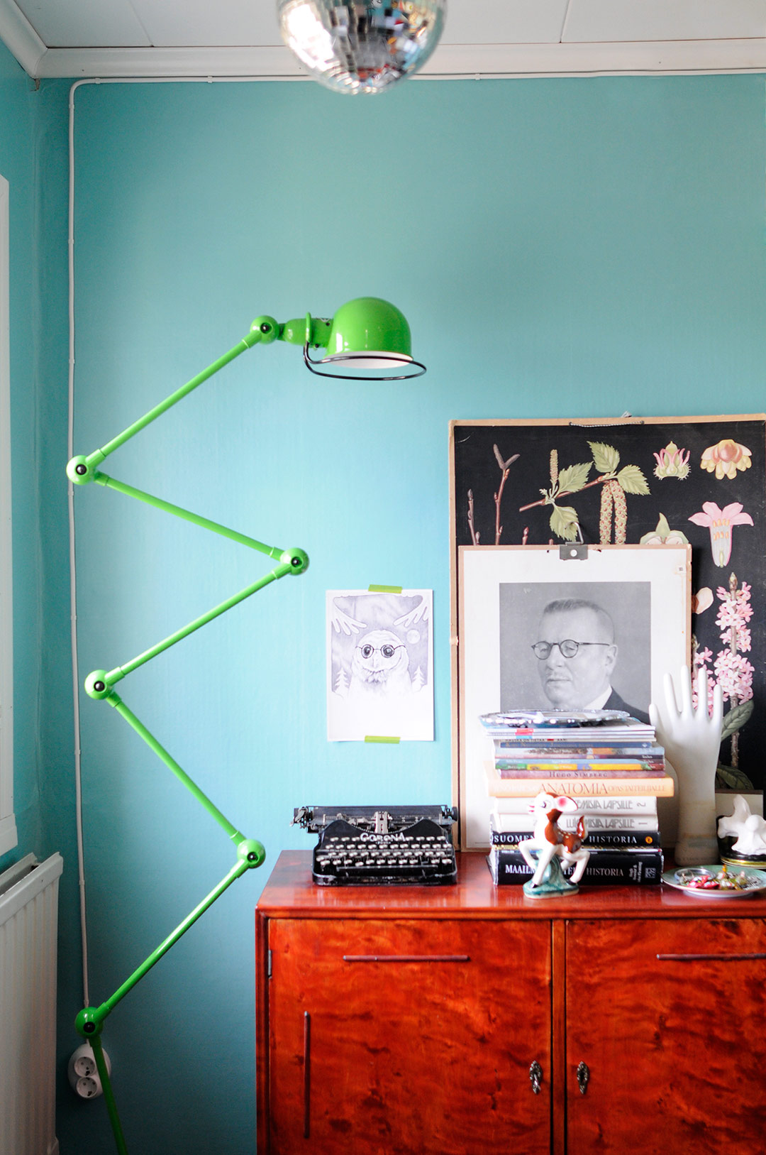 Green Jielde Loft floor lamp