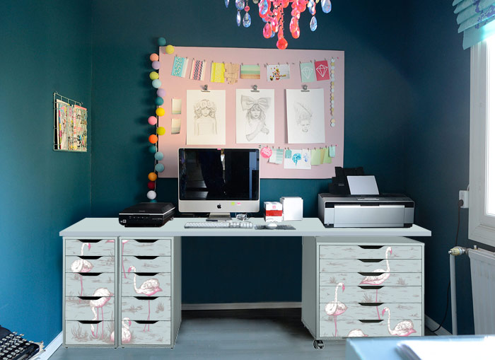 Photoshop testing Flamingos wallpaper for the home office
