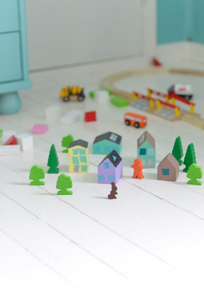 DIY Wooden Toy Houses