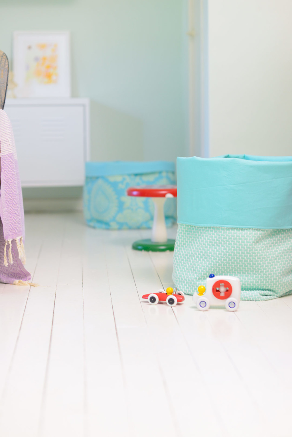 Easy DIY Fabric Storage Bucket