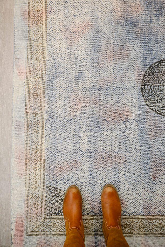 Upea kulutettu itämaistyylinen matto