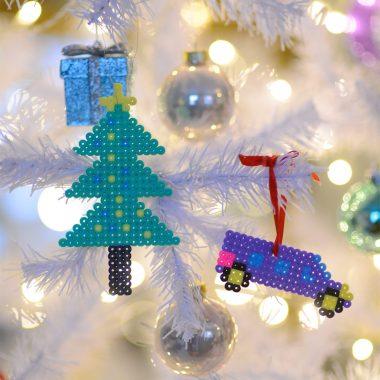 Jouluaskartelua lasten kanssa: Kuusenkoristeet Hama-helmistä